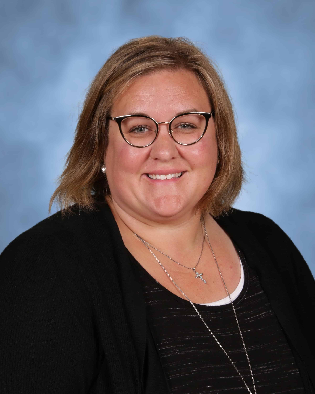 Mrs. Amanda Ulch : Sixth Grade Homeroom (5th-8th Grade English/Language Arts)