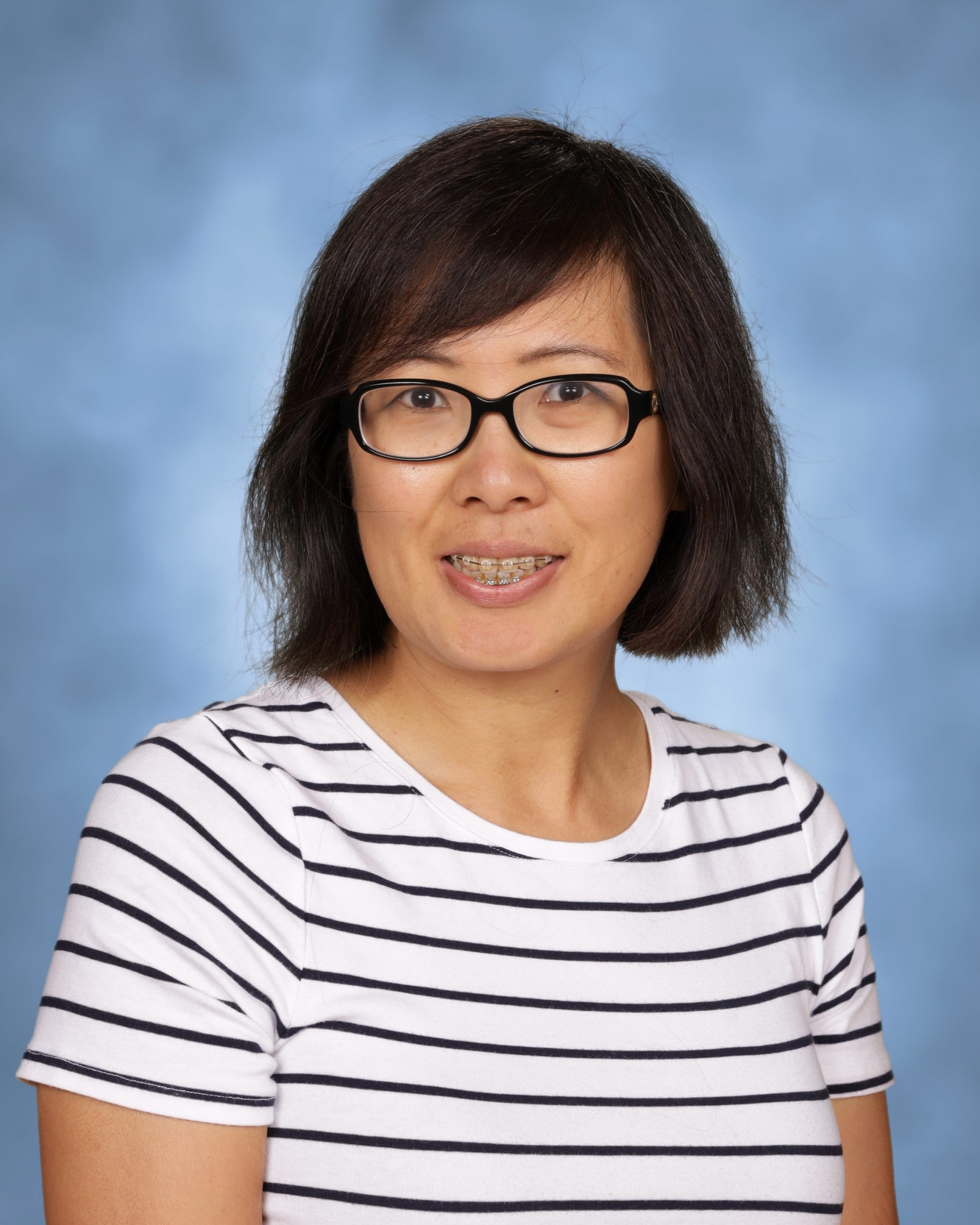 Mrs. Jennifer Lin : Computers/Library